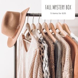 🍁Fall Fashion Mystery Box🍁